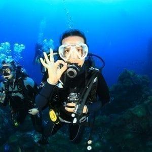 Big One Dive Tour
